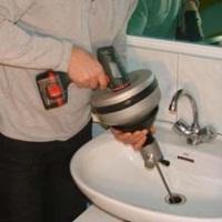 Artisan plombier Les Mureaux 78130 qualifié et professionnel